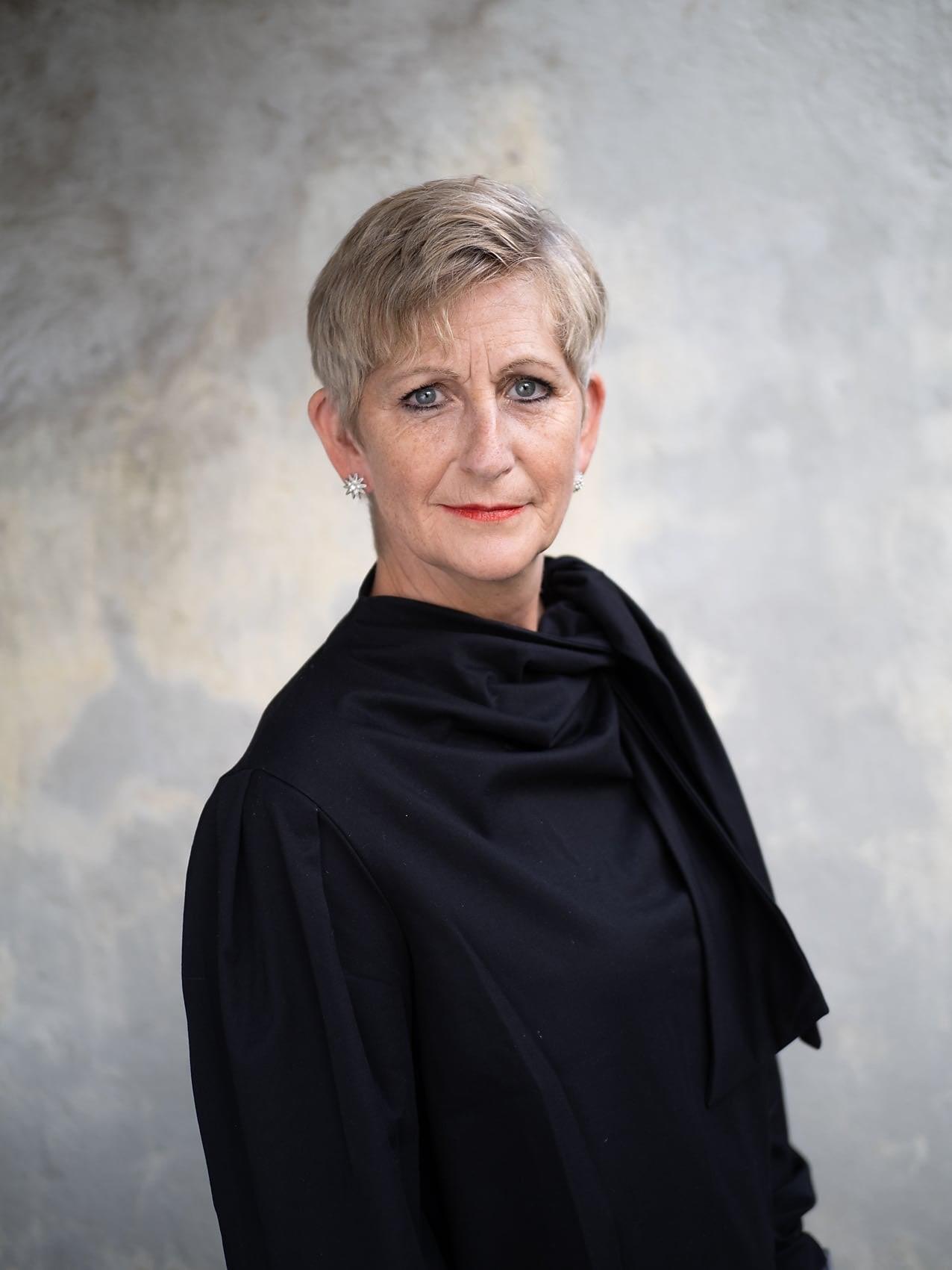 Eva B. Ragde