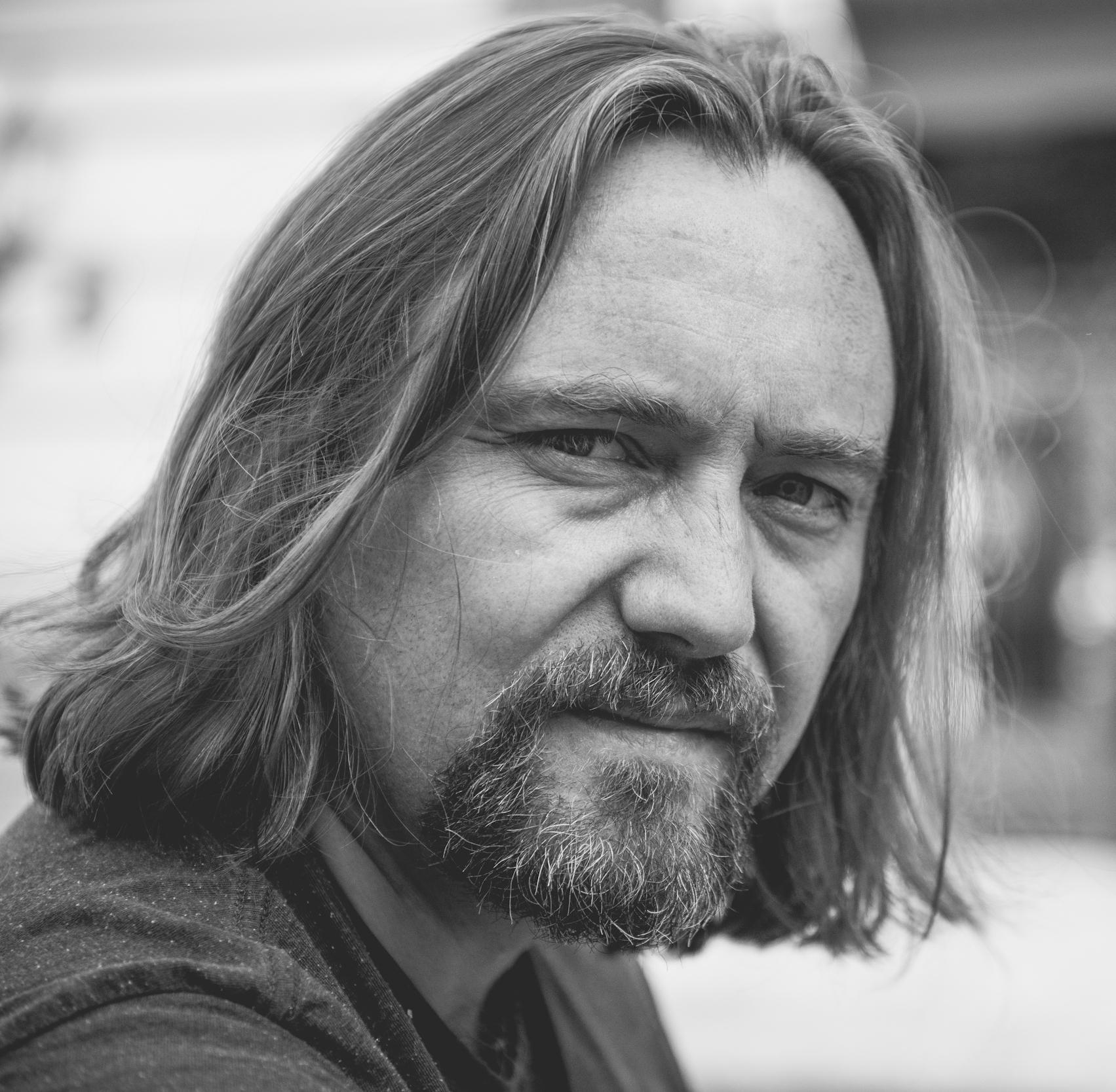 Carl Frode Tiller